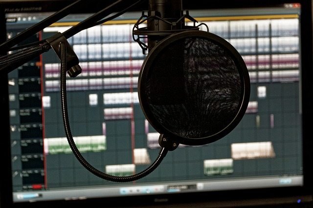 Locución audiovisual profesional