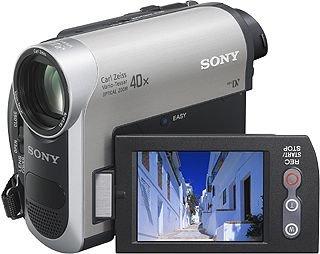 "Sony MiniDV Handycam®, 40x, 2.5"" LCD - Videocámara (40x, 2.5"" LCD, 0.8 MP, 1/0.236 mm (1/6 ""), 2000 x, 1.9 - 76 mm, 36 - 1440 mm, Mini-DV)"