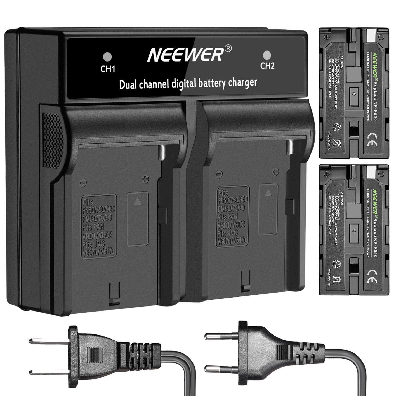 Neewer 2-Pack 2600mAh Batería Recargable de Iones de Litio Sony NP-F550 / 570/530 Reemplazo y Cargador Doble con Set de Enchufe de EE.UU./UE para Sony CCD-SC55,TR516,TR716,TR818,TR910,TR917 Cámaras, luz LED y Monitor