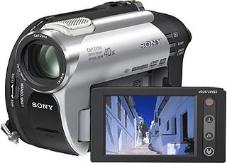 "Sony DVD Handycam® - Videocámara (0.8 MP, 1/0.236 mm (1/6 ""), 40 x, 2000 x, 1.9 - 76 mm, 1/3-1/3500 s)"